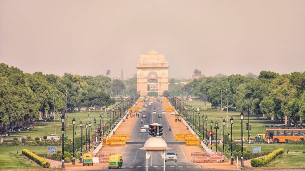 5-Cheapest-Place-in-Delhi-From-where-you--Shop