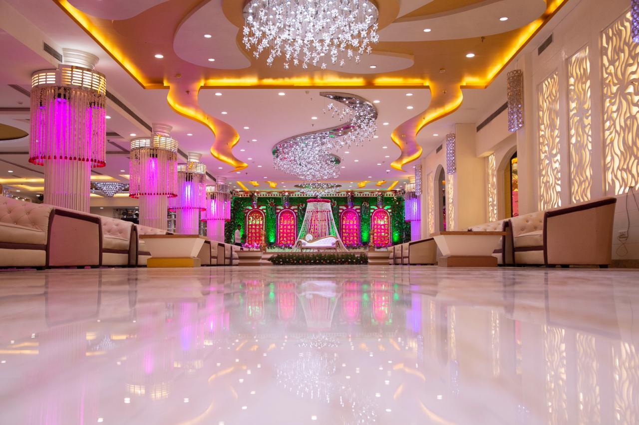maidens-crown-banqut-halls-in-delhi.jpg